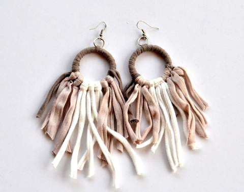 Tonlé | Tassel Earring in Pink/Cream