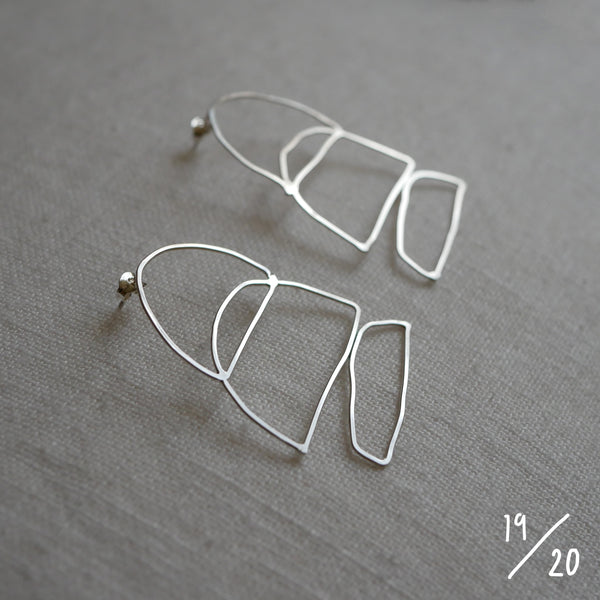 (19) 3 shapes earrings - By James Wilson