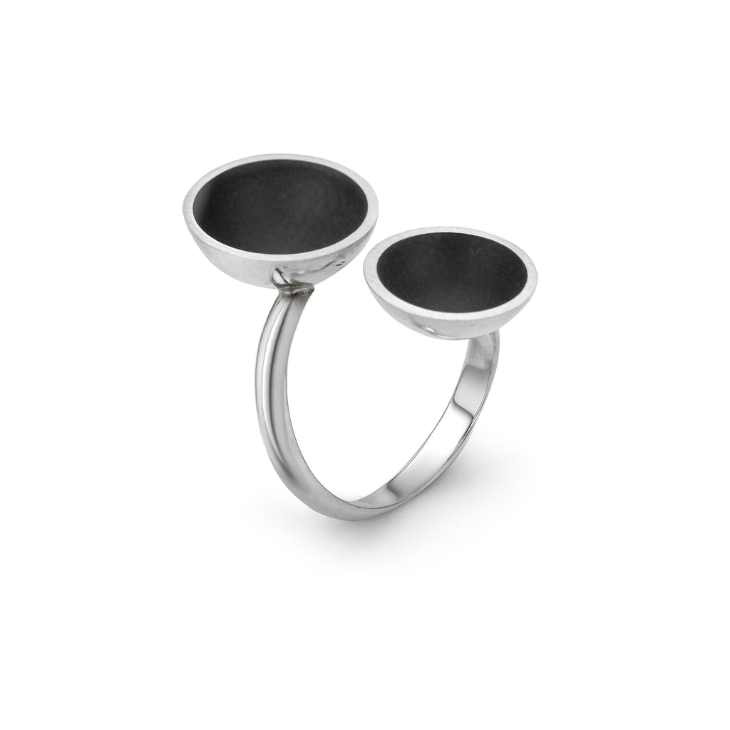 The Minimalist Double Ring