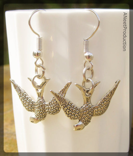 'Swift' Earrings