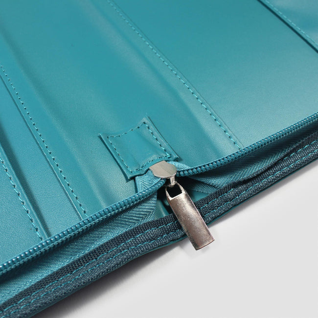 Overview of zip and pockets in a5 diary and organiser cover
