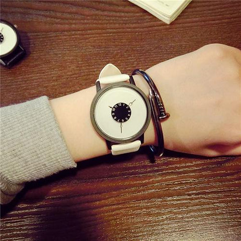 Women's Quartz Wrist Watch with Trendy Design | RnD International