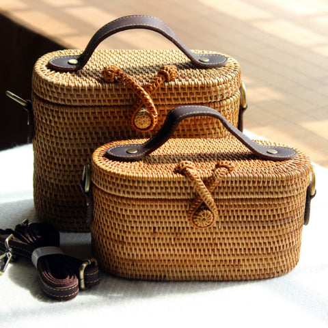 Women's Wooden Rattan Beach Shoulder Bag | RnD International