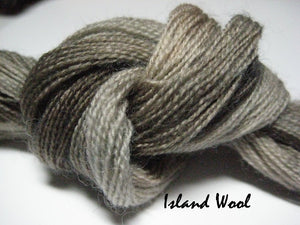 Island Wool #044 - Wool Thread for Needle Punch and Wool Applique - Red Sand Fibre