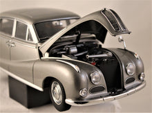 Load image into Gallery viewer, Diecast Model - AutoArt 1:18 BMW 502 2.6 Luxus