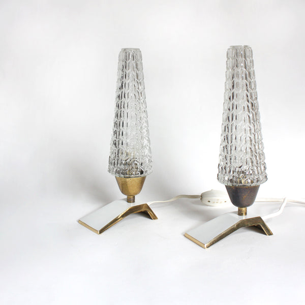 Pair of 1950s table lamps. brass, white lacquered bases, ice glass