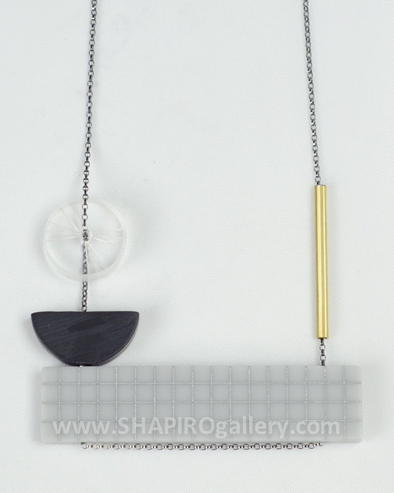 Pia Necklace