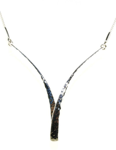 Glimmer Swing Necklace, 5830