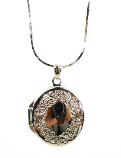 Oval Wreath Locket Necklace, 3967