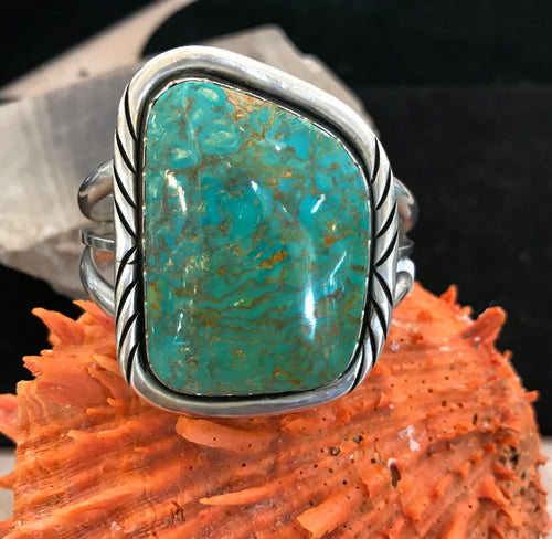 Classic Vintage Navajo Turquoise and Sterling Silver Bracelet
