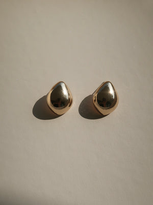 Common Muse Lunis Dome Earring in Gold