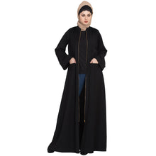 Load image into Gallery viewer, Front open Winter abaya with zipper- Black