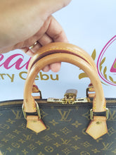 Load image into Gallery viewer, Authentic Louis Vuitton Alma Monogram