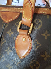 Load image into Gallery viewer, louis vuitton lowest price