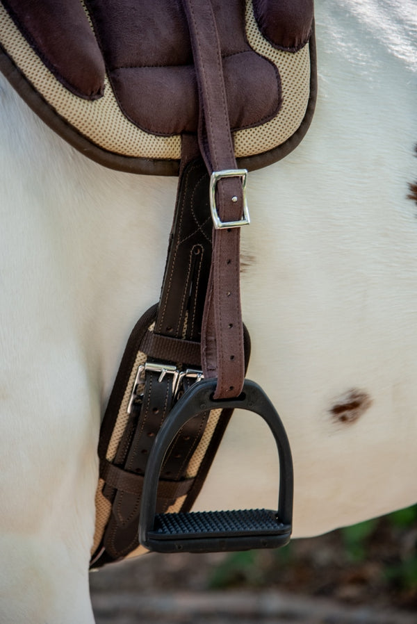 ST-SD/004 Brown Synthetic Treeless Saddle