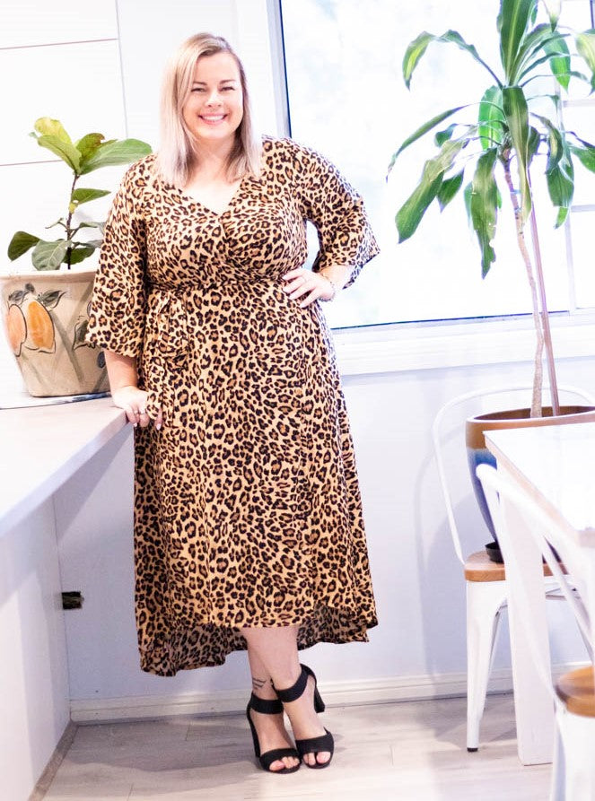 Aussie Curve Wrap Dress - Queen
