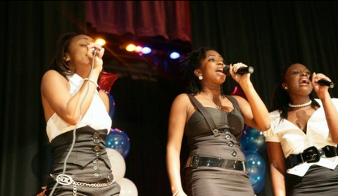 Zemira Israel's old singing group named Bliss
