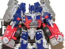 Load image into Gallery viewer, Transformers Dark of the Moon Voyager Class Optimus Prime