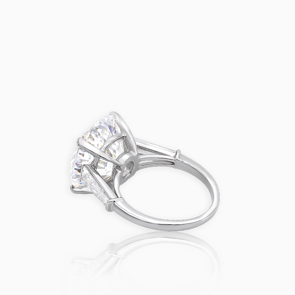 Round Platinum Diamond Ring