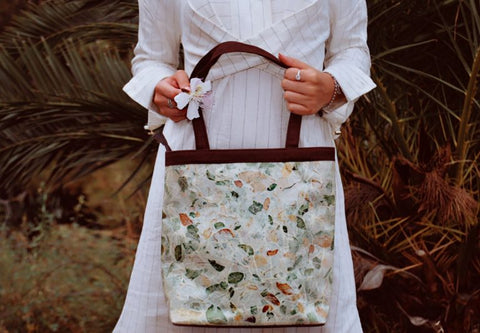 Italian Fashion Blogger holding an Eco-Friendly, Natural, Sustainable Tote