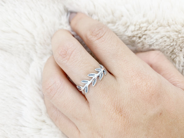 Leaf Branch Ring