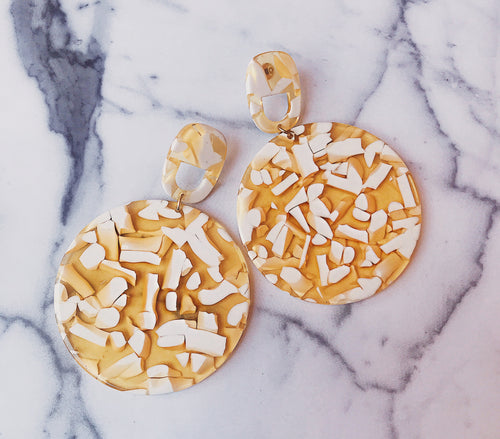 YELLOW CONFETTI DISC DROP EARRING