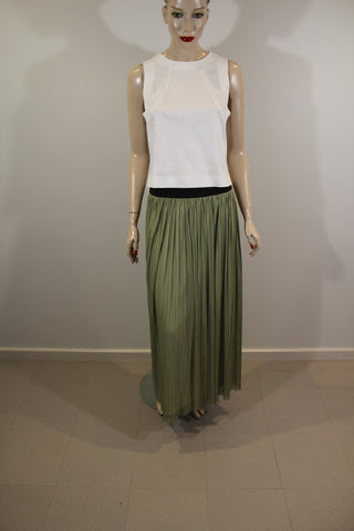 S.C.S. Khaki Pleated Skirt with Elastic Waist Sz 12