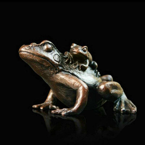 Richard Cooper- Small Frog with Baby 932
