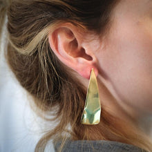 Load image into Gallery viewer, Skate1 Handmade Earrings-Gold