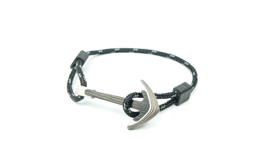 Titanium / Carbon fiber anchor bracelet (black reflective paracord)
