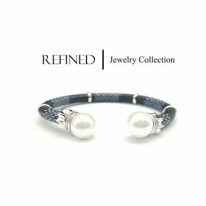 R005 - Pearl Silver Refined Bangle