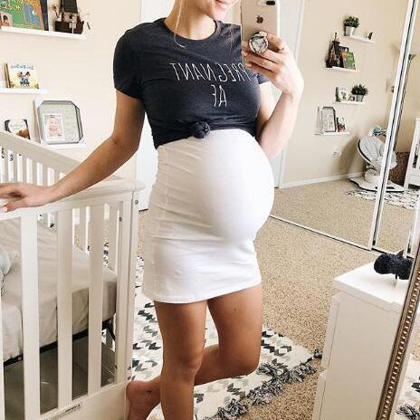Maternity Fake-Two-Piece Color Block Bodycon Dress