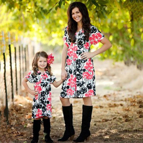 Idyllic Parent-Child Short-Sleeved Dress
