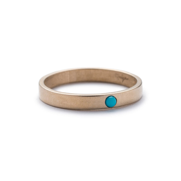 Bronze Runa ring with Kingman turquoise front view