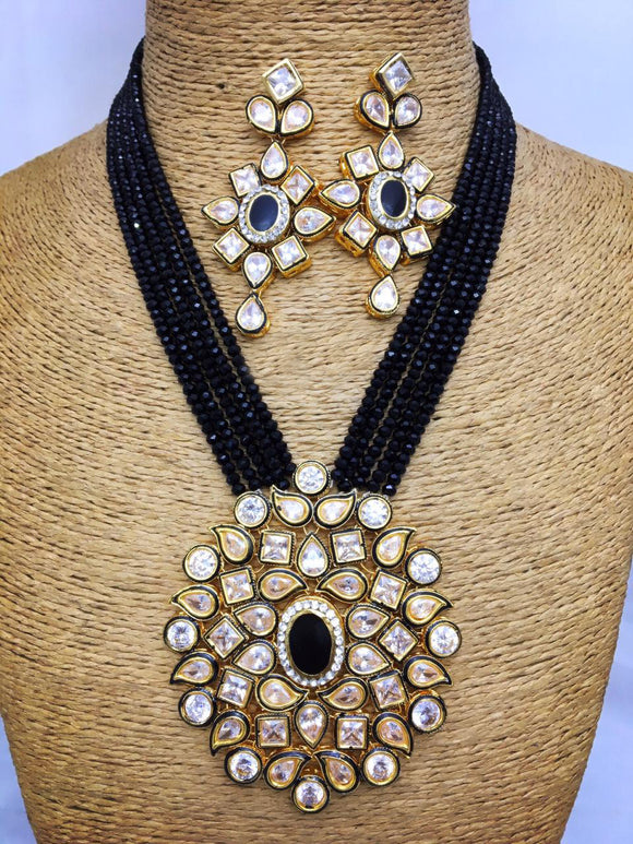 Crystal Decorative Kundan Necklace Set
