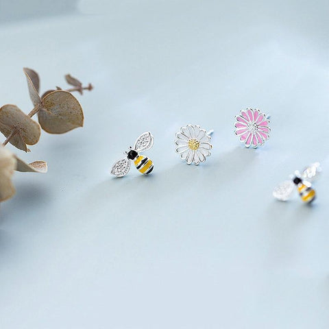 Sterling Silver Flower Bee Stud Earrings - Asymmetrical Stud Earrings - 925 Real Silver Earrings - Playful Silver Earrings Lux & Rose