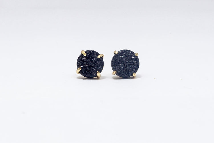 Claw Stud Black Agate- Gold