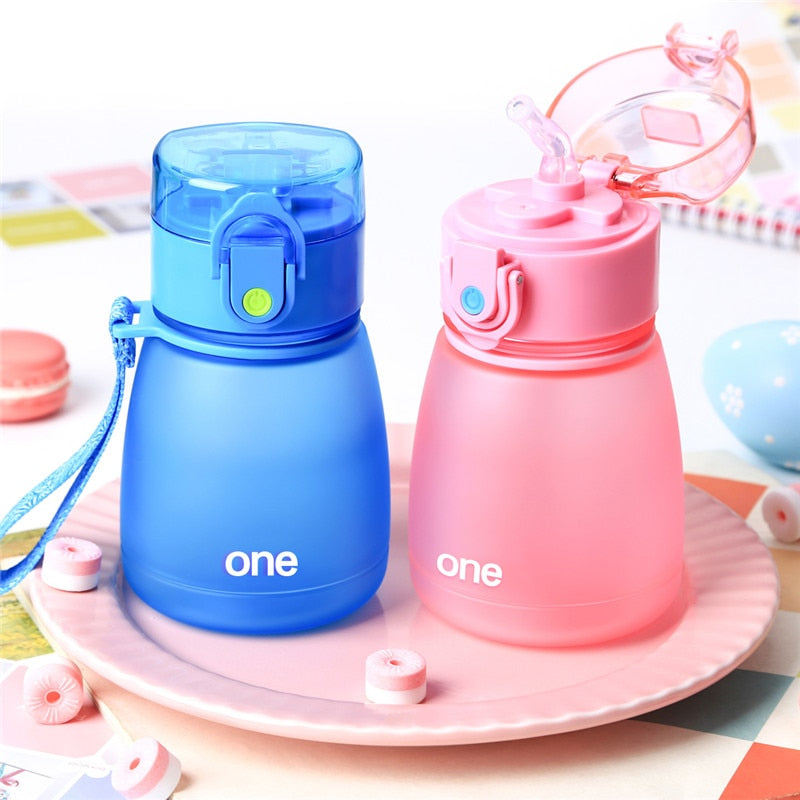 308ML Plastic Baby Feeding Cup With Straw for kids Leak-poof learn drinking water bottle feeding bottle milk cup BPA free