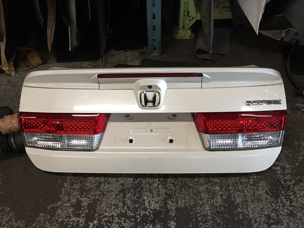 Jdm Honda Accord Inspire 04-05 Trunk With Camera Spoiler & Trunk Light