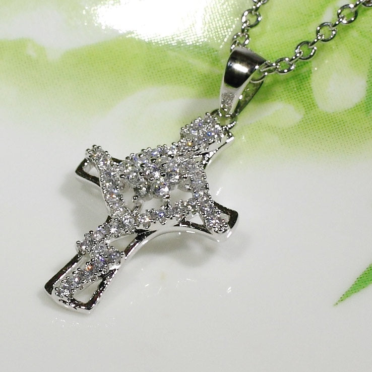 ID: P3226 Women 18K White Gold GF Clear Stones Cross Necklace Pendant Fashion Lady Jewelry Great Gift