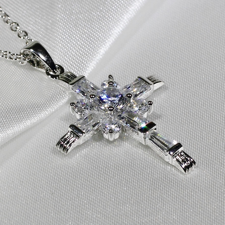 ID: P3281 Women 18K White Gold GF Clear Stones Cross Necklace Pendant Fashion Lady Jewelry Great Gift