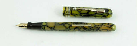 Majestic, Lever Filler Fountain Pen, Pearl & Black w.Gold Plated Trim - VP4846