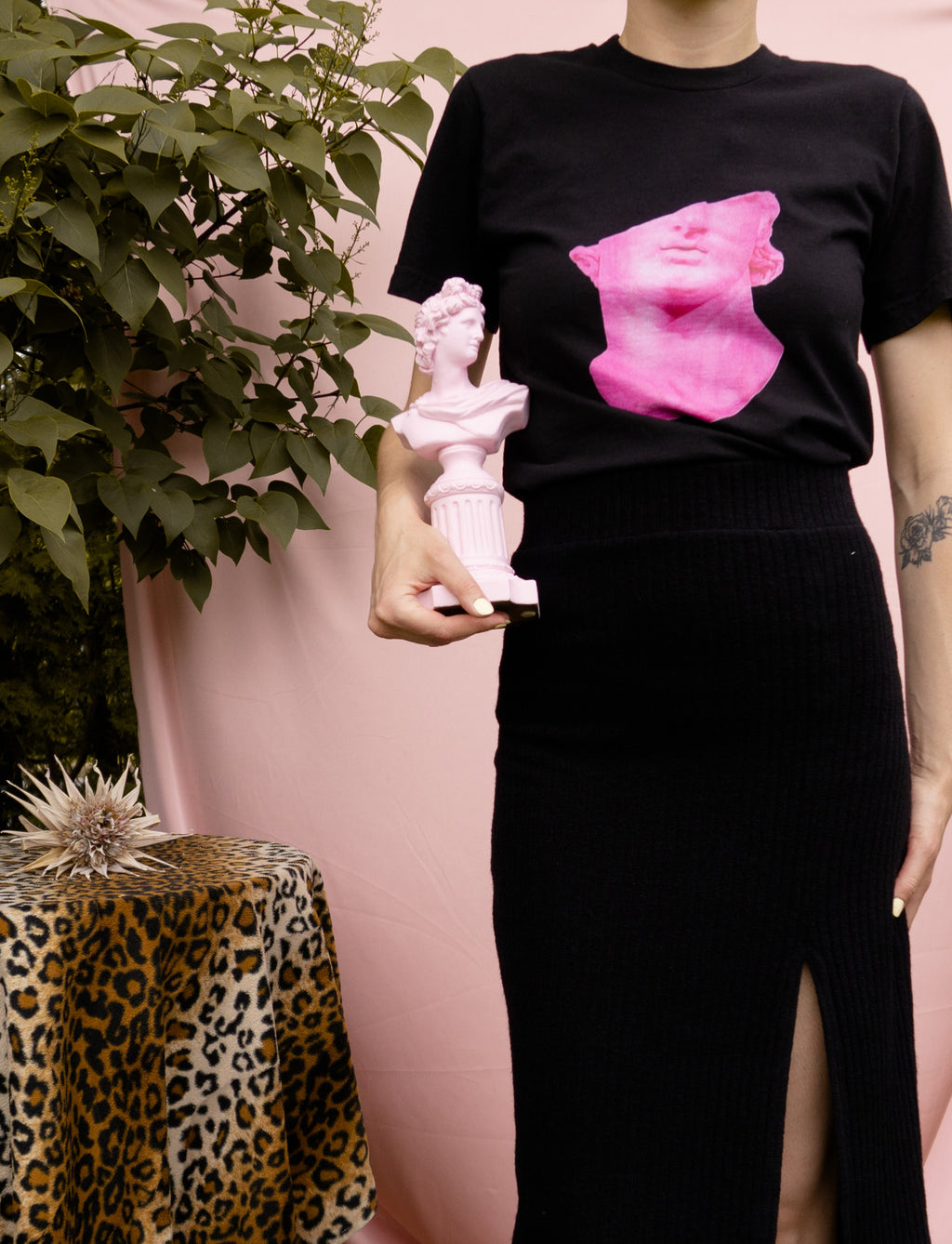 Pink Head of a Youth ⌇ T-Shirt - auslästudio