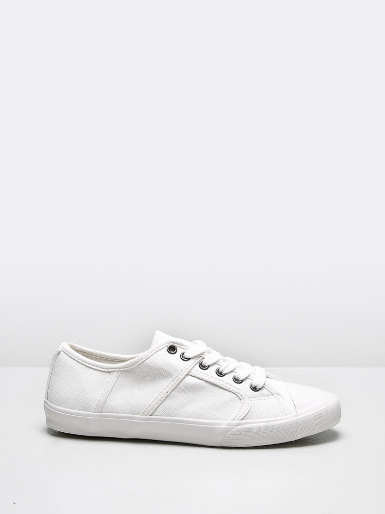 Milton Sneaker in White by Oak