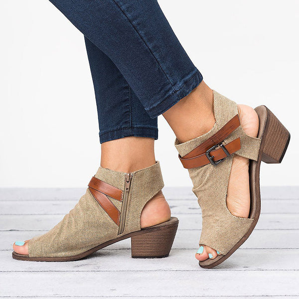 Flat With Open Toe Buckle Low-Cut Upper Sandals