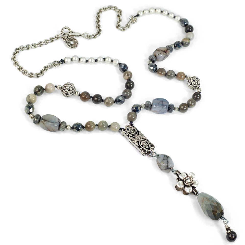 Serenity Dove Gray Agates Necklace N1375