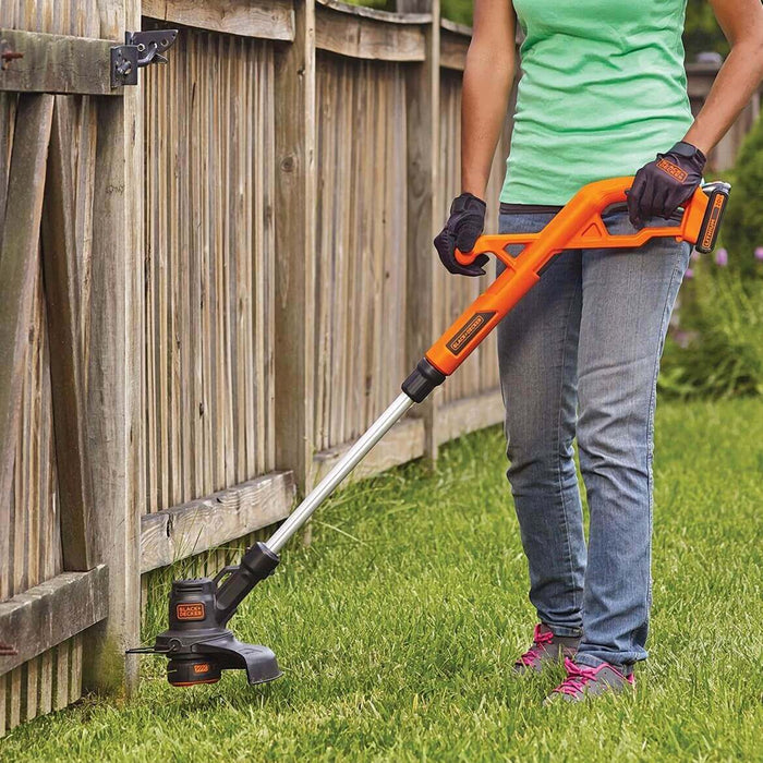 Black and Decker LCC221 20-Volt String Trimmer/Edger and Sweeper Combo Kit