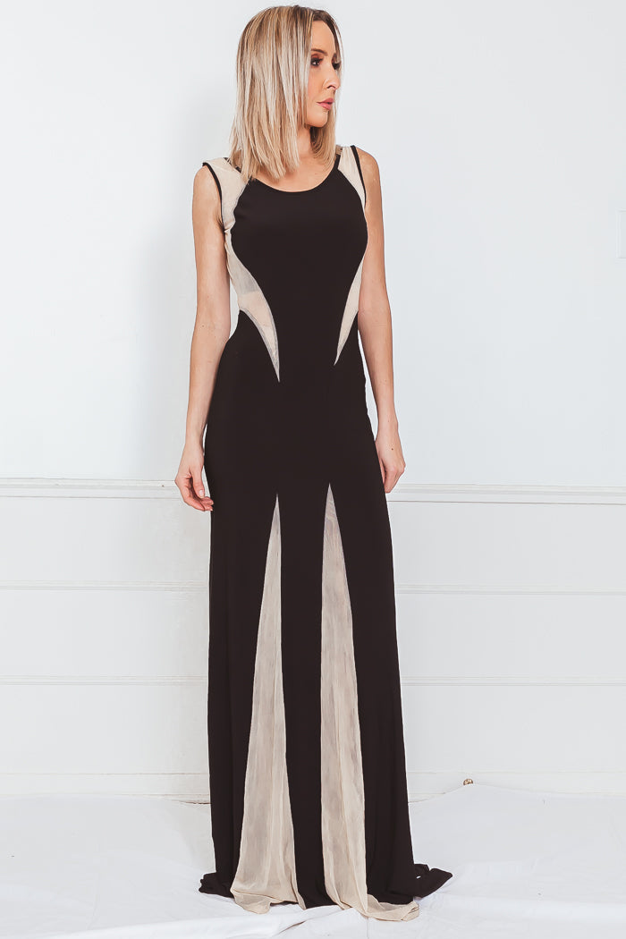 Elegant Maxi Dress with Contrast Detail