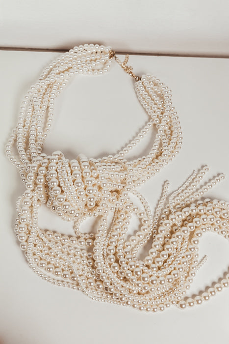 Draping Knot Pearl Necklace