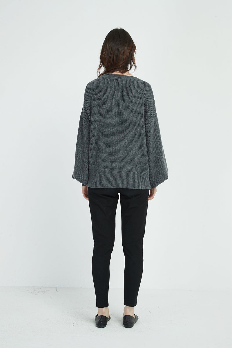 TEXTURED KNIT / CHARCOAL